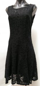 BEAUTE LACE DRESS