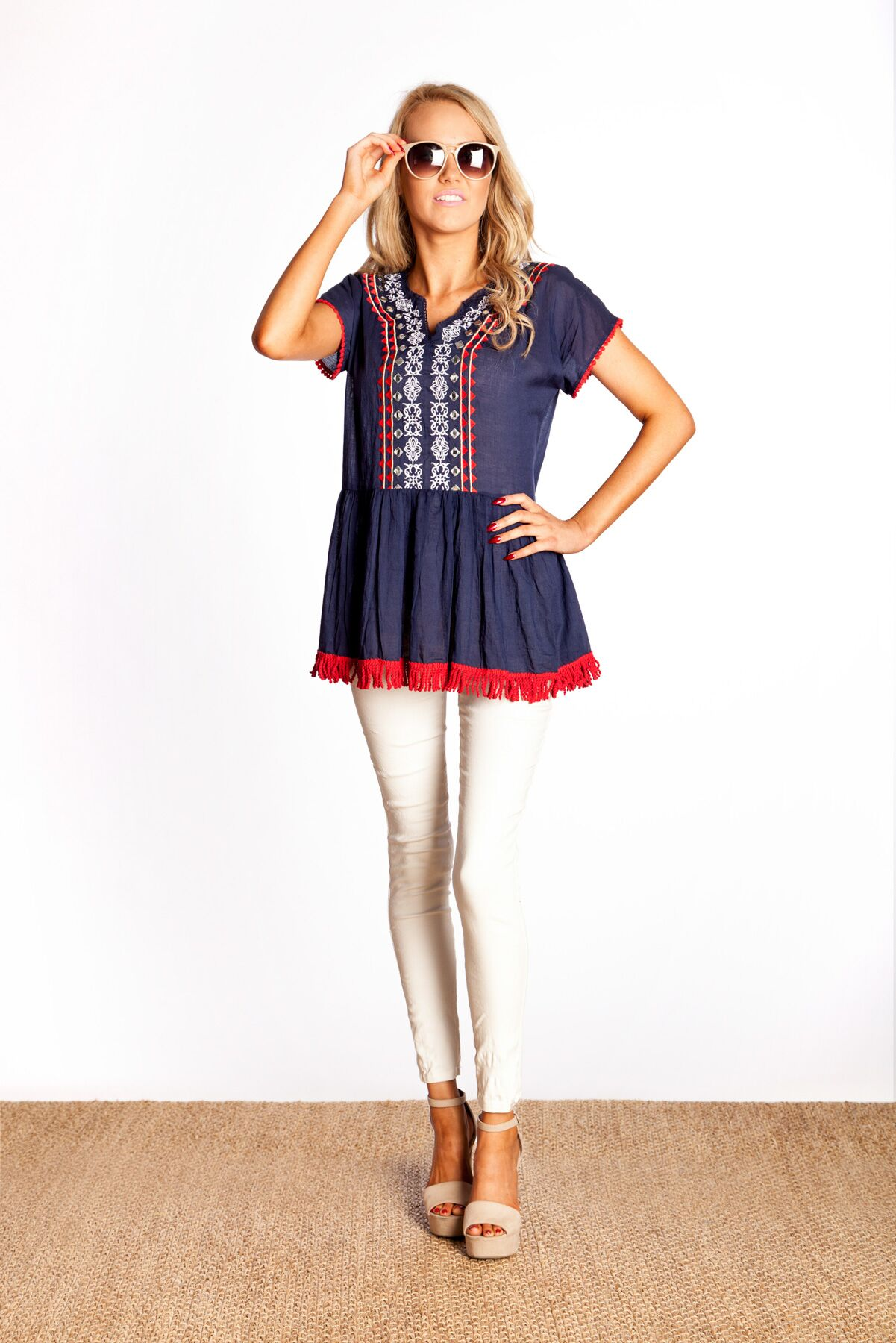 Naudic_HS17_Coco Top Dutchess Embroidery _ Navy_preview